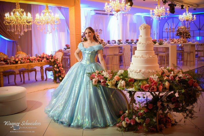 Cinderella - Canoas