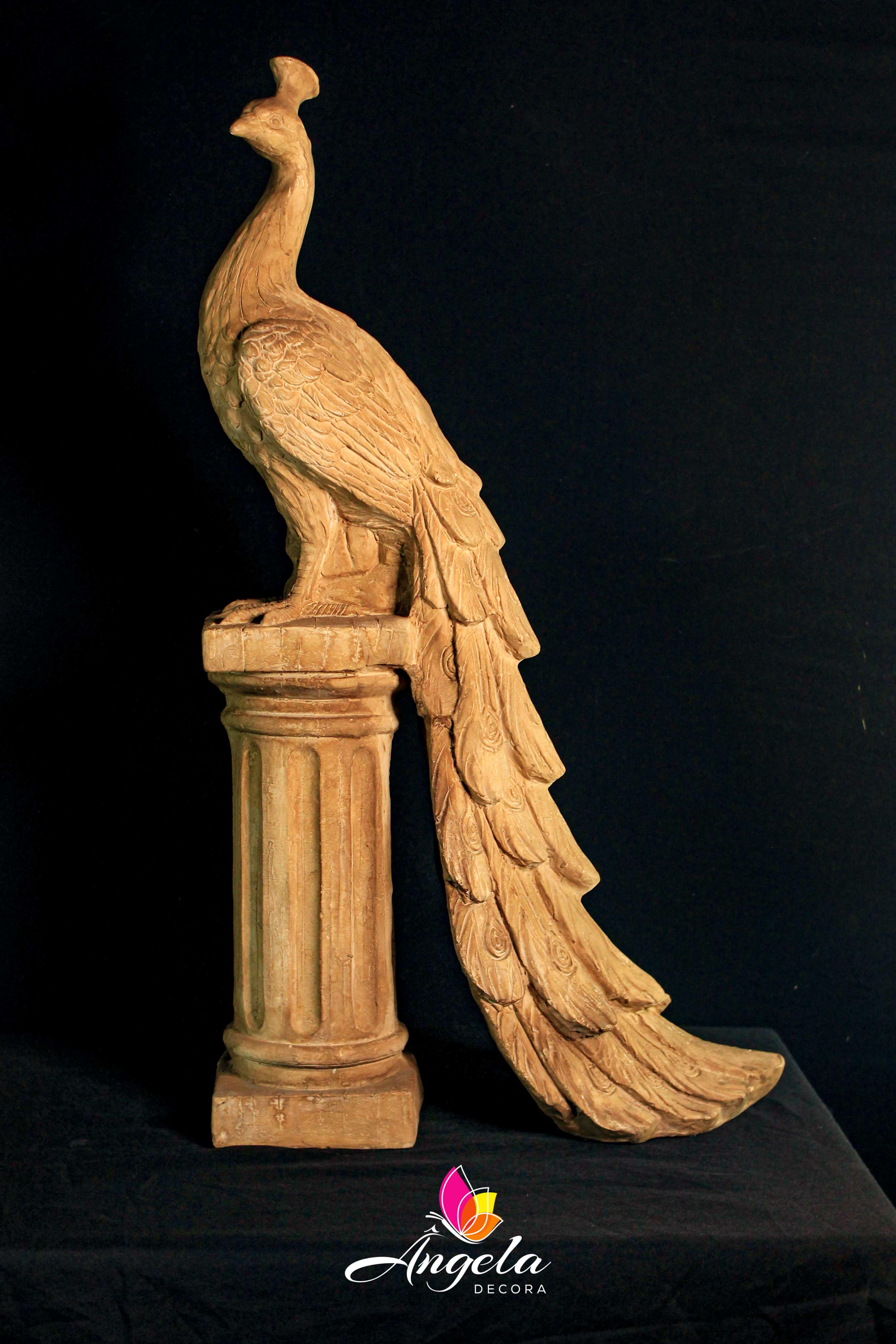 Escultura Pavão