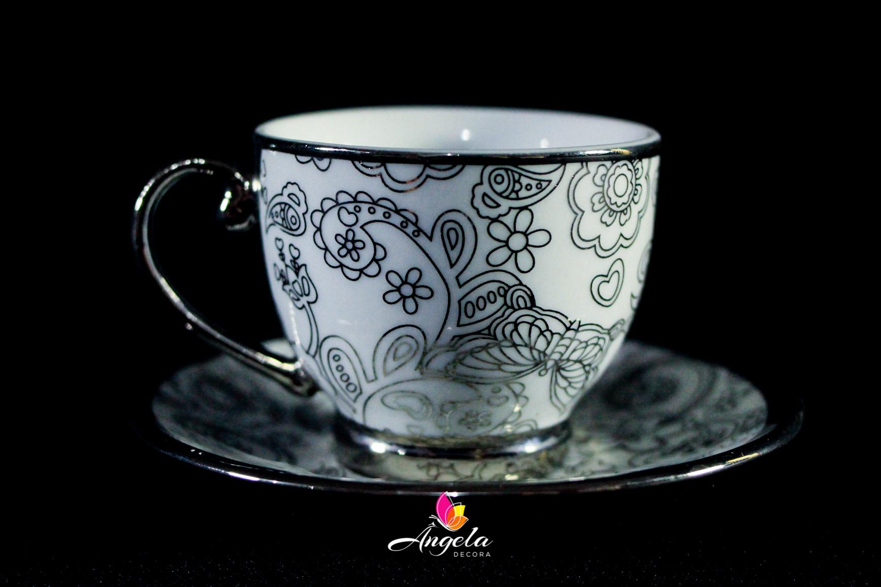 Xícaras de Café Branca | Detalhes em Prata
